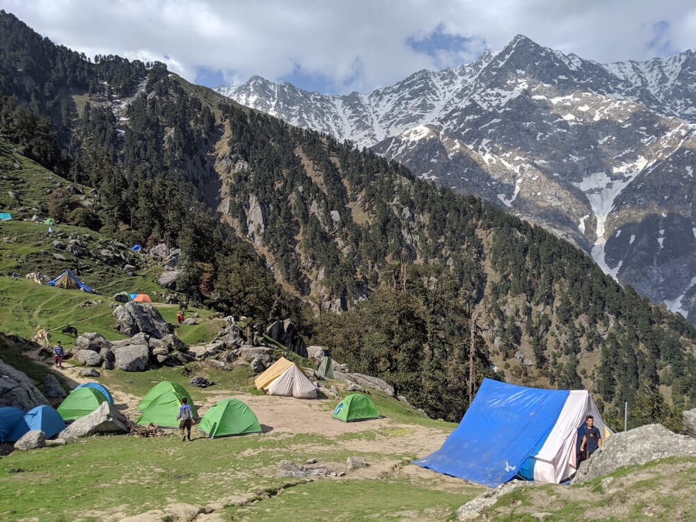 triund top camping dharamshala trek himachal+pradesh triund images