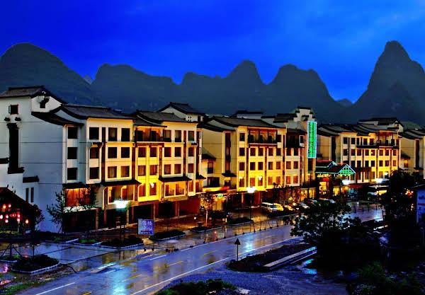 Yangshuo Jasper International Hotel