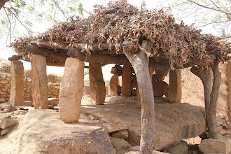 Photo: Toguna (maison à palabres)