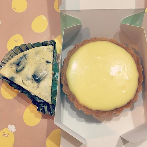 檸檬乳酪塔有點🍋的微酸跟Oreo乳酪蛋糕比,感覺Oreo有點味道稍遜色