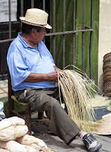 Photo: Weaver, San Andres Cholula