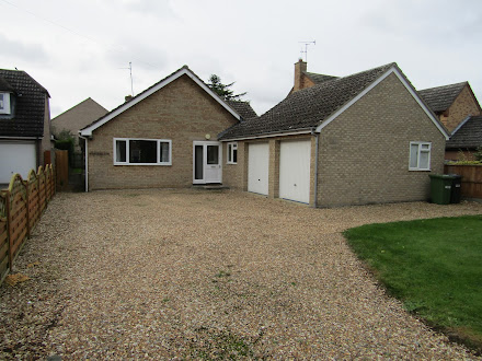 3 bedroom bungalow to let