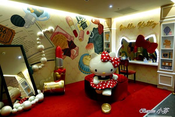 Hello Kitty Red Carpet美式餐廳/超萌的主題餐廳/林口三井outlet(林口美食)