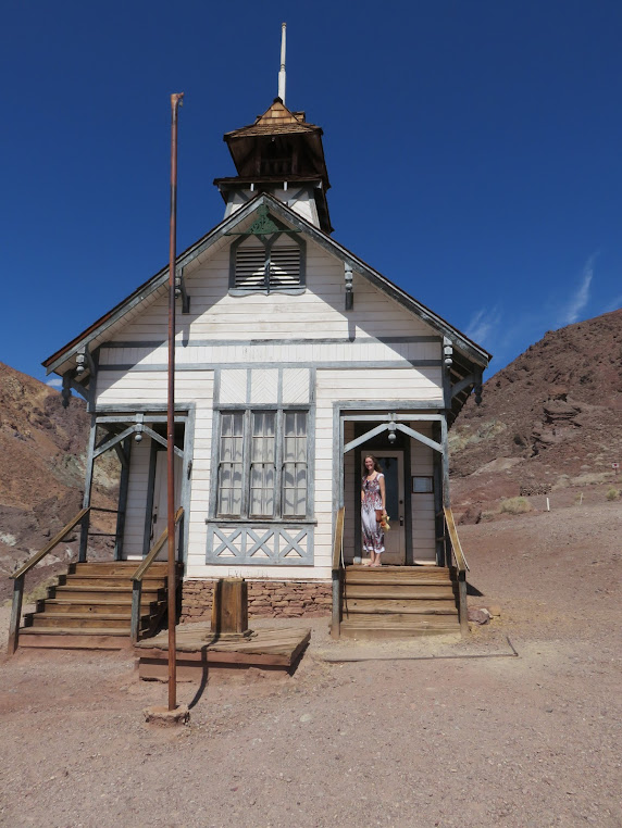 Calico Ghost Town school