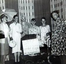 Photo: Bonte avond ± 1960 v.r.n.l. Lukas Westerhof achter de kinderwagen, Geert Niemeijer, Hendrik Jan Homan, Jan Talens, Hendrik Hoving en Willem Nijhof Ezn.