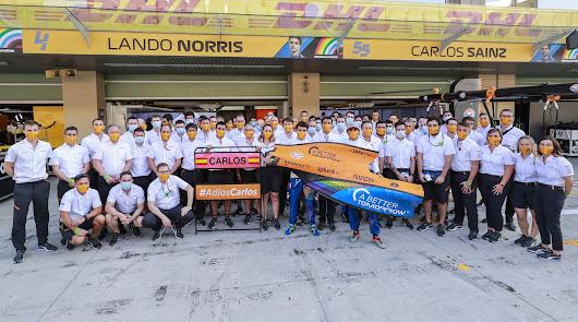 Carlos Sainz finaliza sexto en su última carrera con McLaren