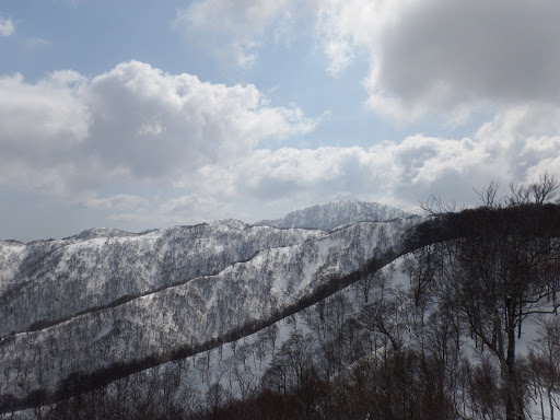 県境稜線と三周ヶ岳