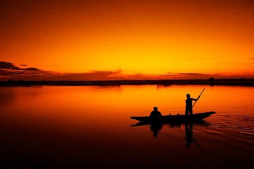 fishing-164977__340.jpg