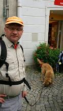 Photo: Eugen, seine Frau Helga und Hund Brutus sind heute zum Pilgerzug dazugestossen.
