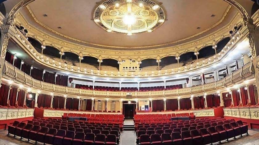 Interior del Teatro Cervantes de Almería.