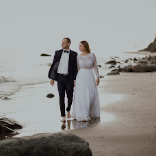 Wedding photographer Kamil Nadybał (maleszarestudio). Photo of 19.08.2017