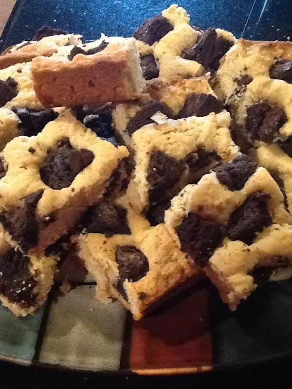 Blondie Covrd Choc Chunkd Brownies...yum