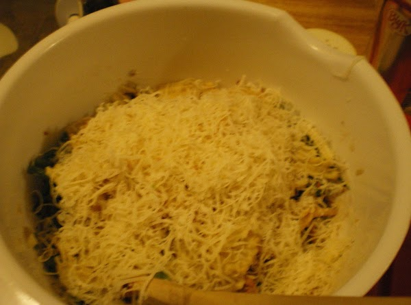 Add green bean mixture, potato chips, 1/4 cup french fried onions, bacon-crumbled, and shredded...