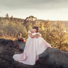 Wedding photographer Oksana Pipkina (Pipkina). Photo of 05.04.2017