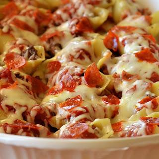 Pizza-Stuffed Pasta Shells.
