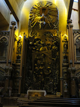 Photo: The alter at Sacre Coeur chaple in Notre Dame