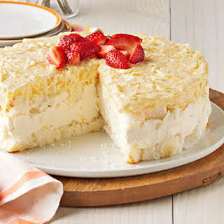 Pineapple No-Bake Cheesecake Dessert.