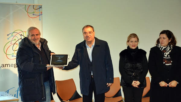 Lamego Educa entrega equipamentos à Latino Coelho