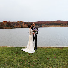 Wedding photographer Vlada Bushueva (valentinofrost). Photo of 11.09.2018
