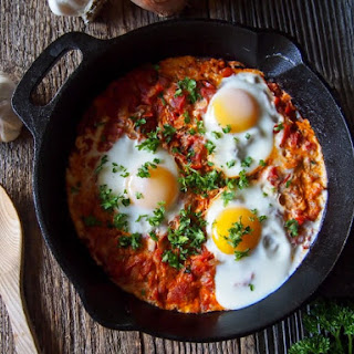 Shakshuka (Eggs in Tomato Sauce)