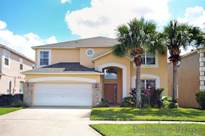 Orlando villa close to Disney with great games room and private pool and spa