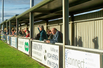 Photo: 06/11/10 v Windsor & Eton (Southern League Prem Div) 2-2 - contributed by Gary Spooner
