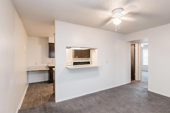 2 Bd Living/Dining Area