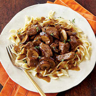 Steak Tips with Peppered Mushroom Gravy