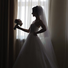 Wedding photographer Oleg Radomirov (radomirov). Photo of 11.02.2016