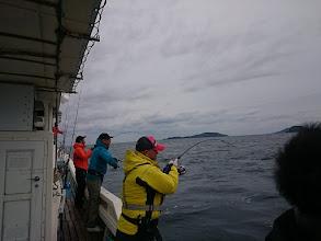 Photo: 本日のアングラーは遠方よりお越しです。 後ろの4名様は北九州市から!