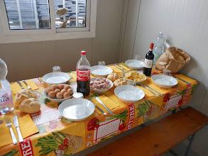 Photo: Sabato 13 Luglio il pranzo nella baracca.