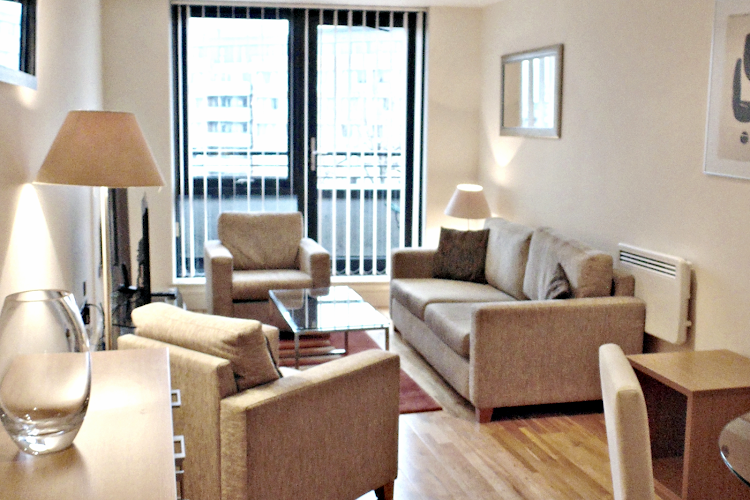 living space at Southwark Executive