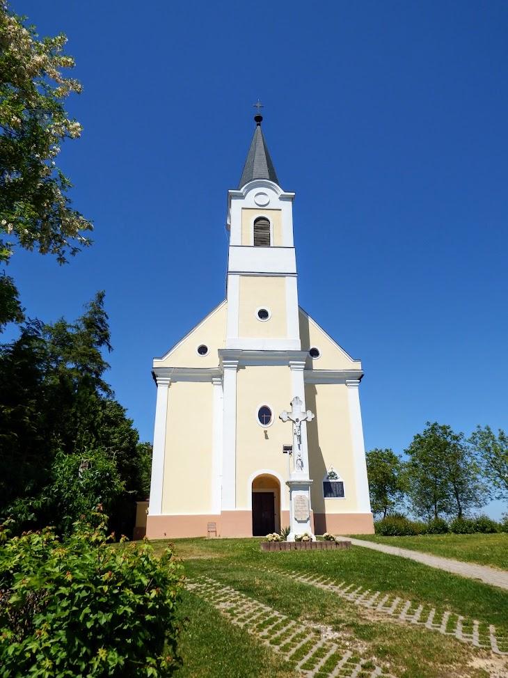 Bak - Paulai Szent Ferenc rk.templom