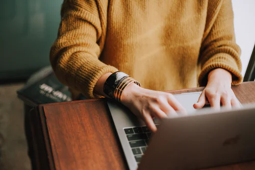 4 Effective Tips To Handle Online Learning Without Stress