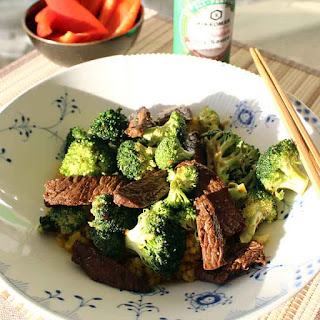 Marinated Steak With Rice And Broccoli