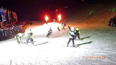 Photo: Akkrobatik auf Snowboards...