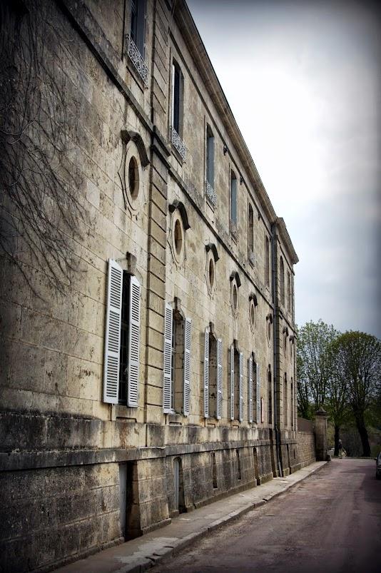 Флавиньи, Бургундия, Франция - достопримечательности, фото, Семинария