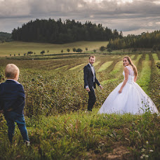 Wedding photographer Jakub Ćwiklewski (jakubcwiklewski). Photo of 07.11.2016
