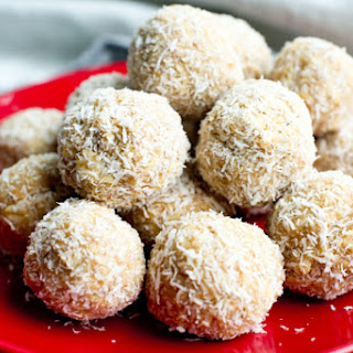 No-Bake Peanut Butter Snowballs