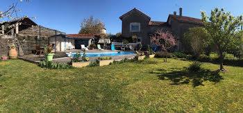 maison à Labatut-Rivière (65)