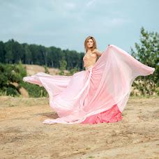Wedding photographer Anastasiya Ru (whitefoto). Photo of 19.06.2018
