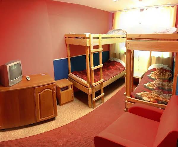 Hostel Livadia