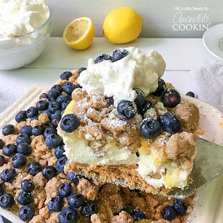 One-Pan Blueberry Lemon Crumble No Bake Cheesecake