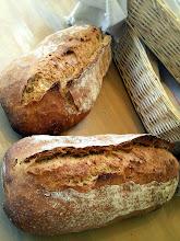 Photo: Tout frais, le pain ! Épeautre T70 sur levain liquide