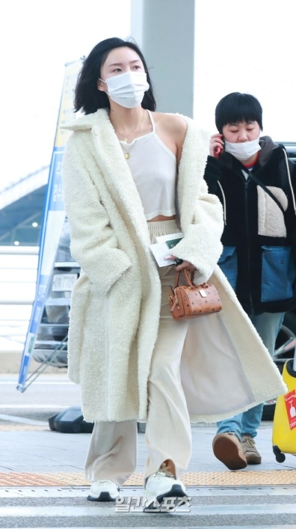 hwasa coat 3