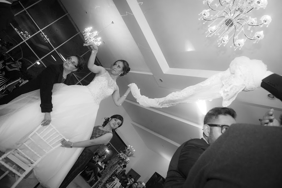 Fotógrafo de bodas Carlo Roman (carlo). Foto del 19.04.2017