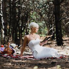 Wedding photographer Vitaliy Manzhos (VitaliyManzhos). Photo of 09.10.2016