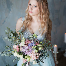 Wedding photographer Alisa Poputnikova (alisapoputnikova). Photo of 09.03.2017
