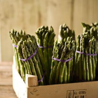 Easy Spanish asparagus