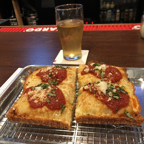 Gluten free beer and Detroit style pizza!